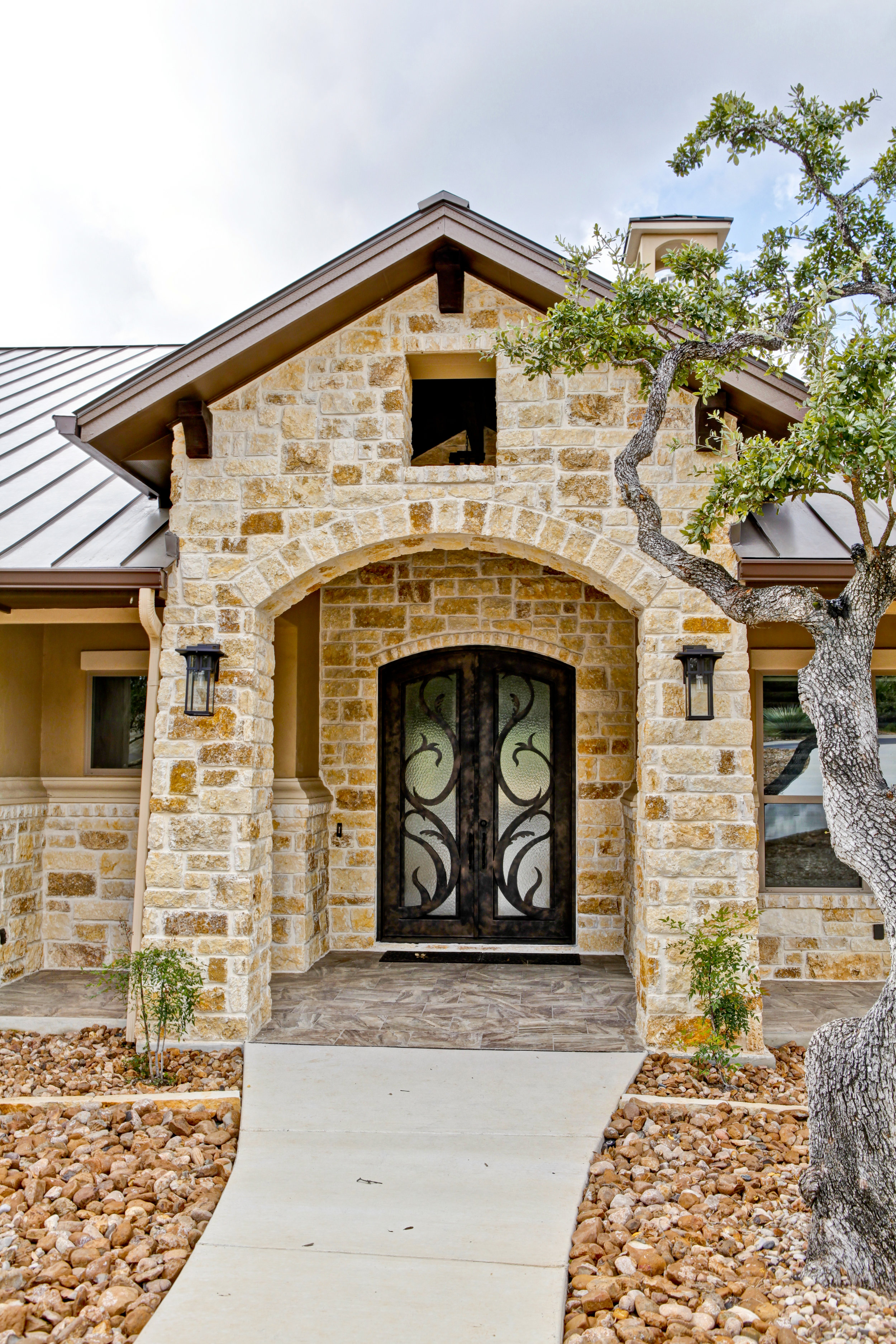 3-exterior - front door.jpg