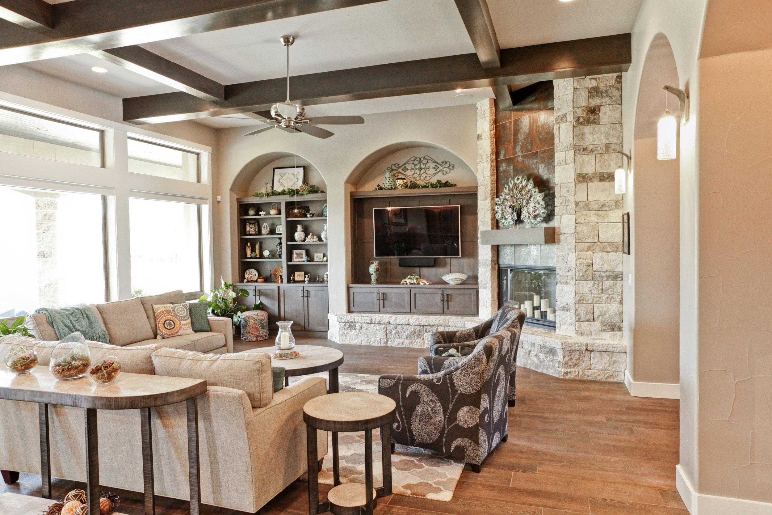 12-living room - 3.jpg