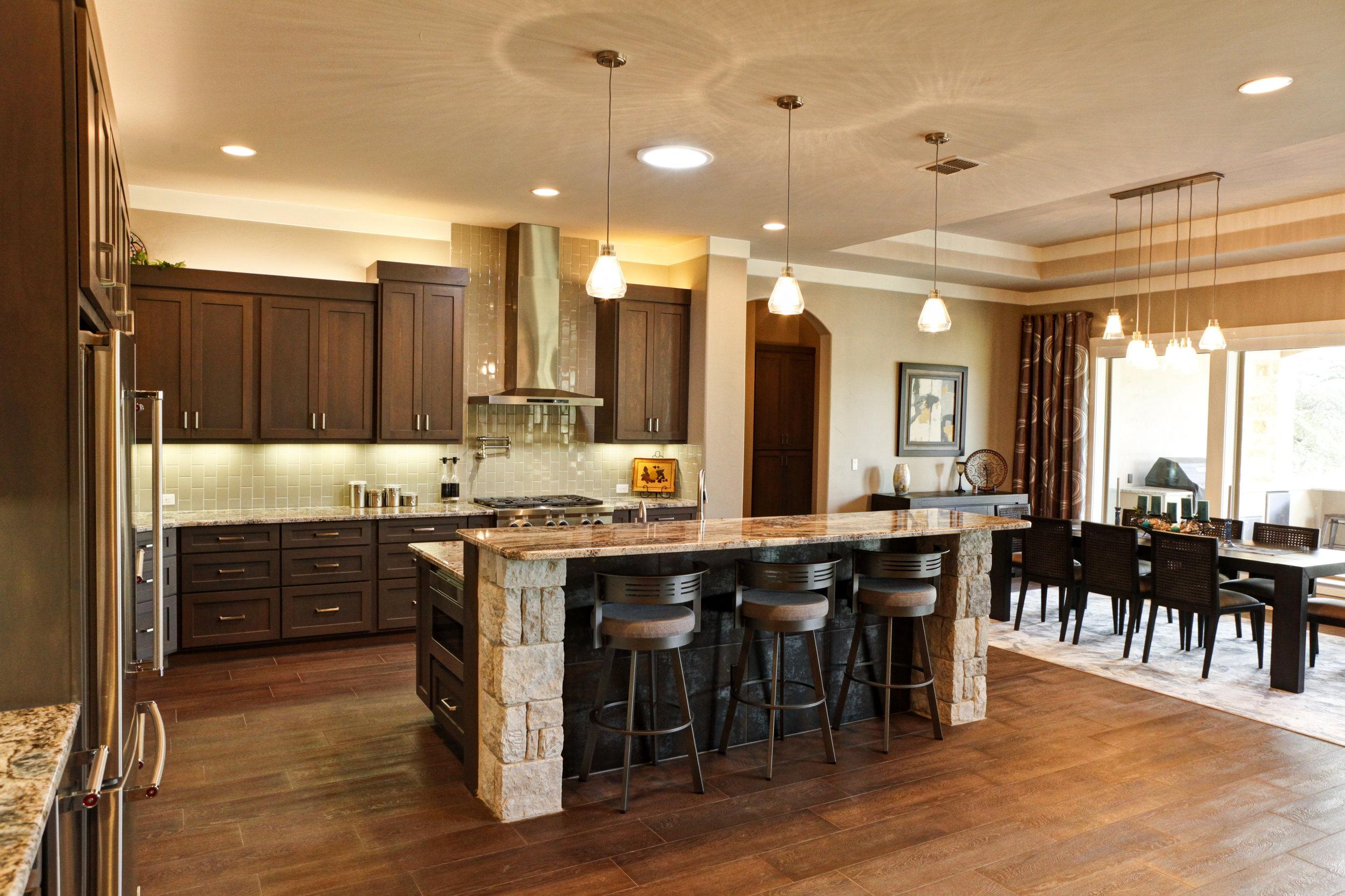 14-kitchen - 1.jpg