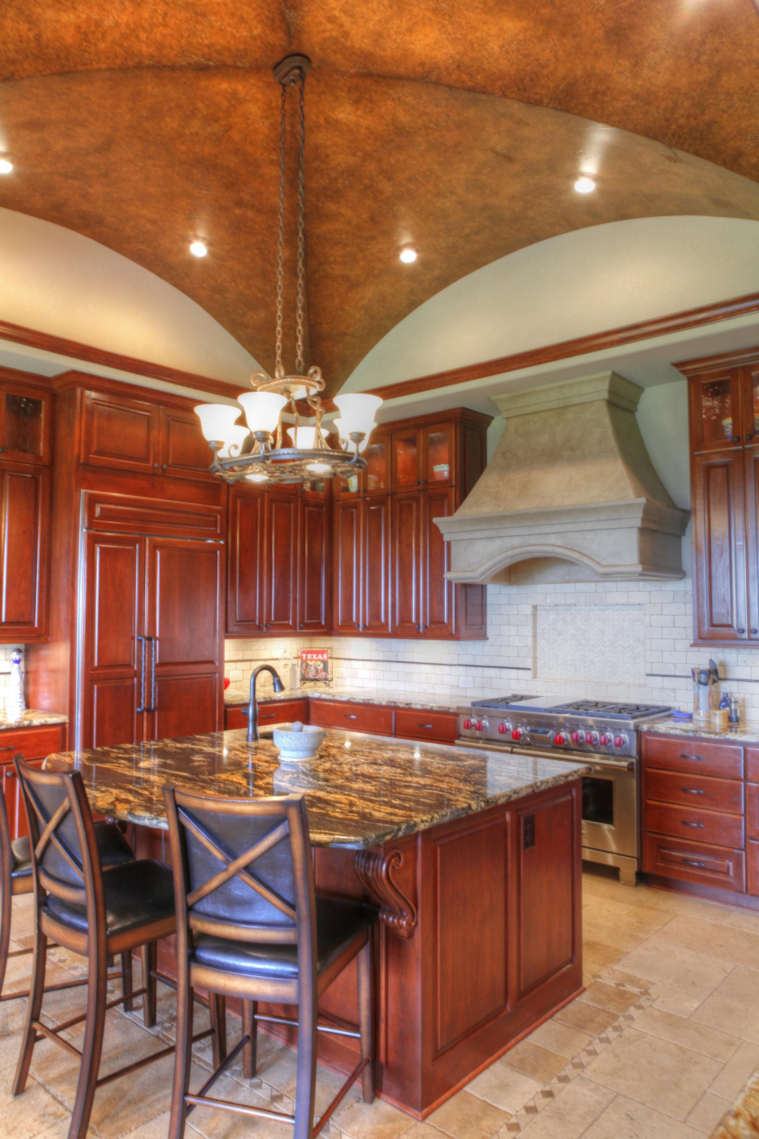 17-kitchen 2.jpg