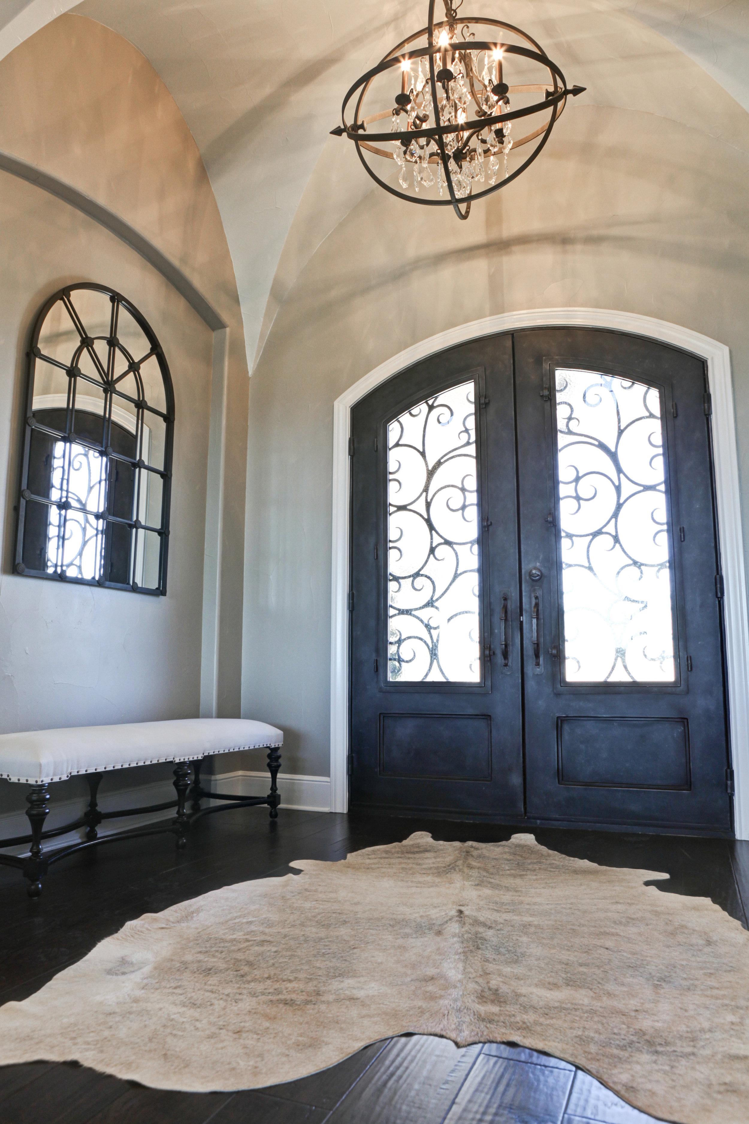 18-foyer - 1.jpg