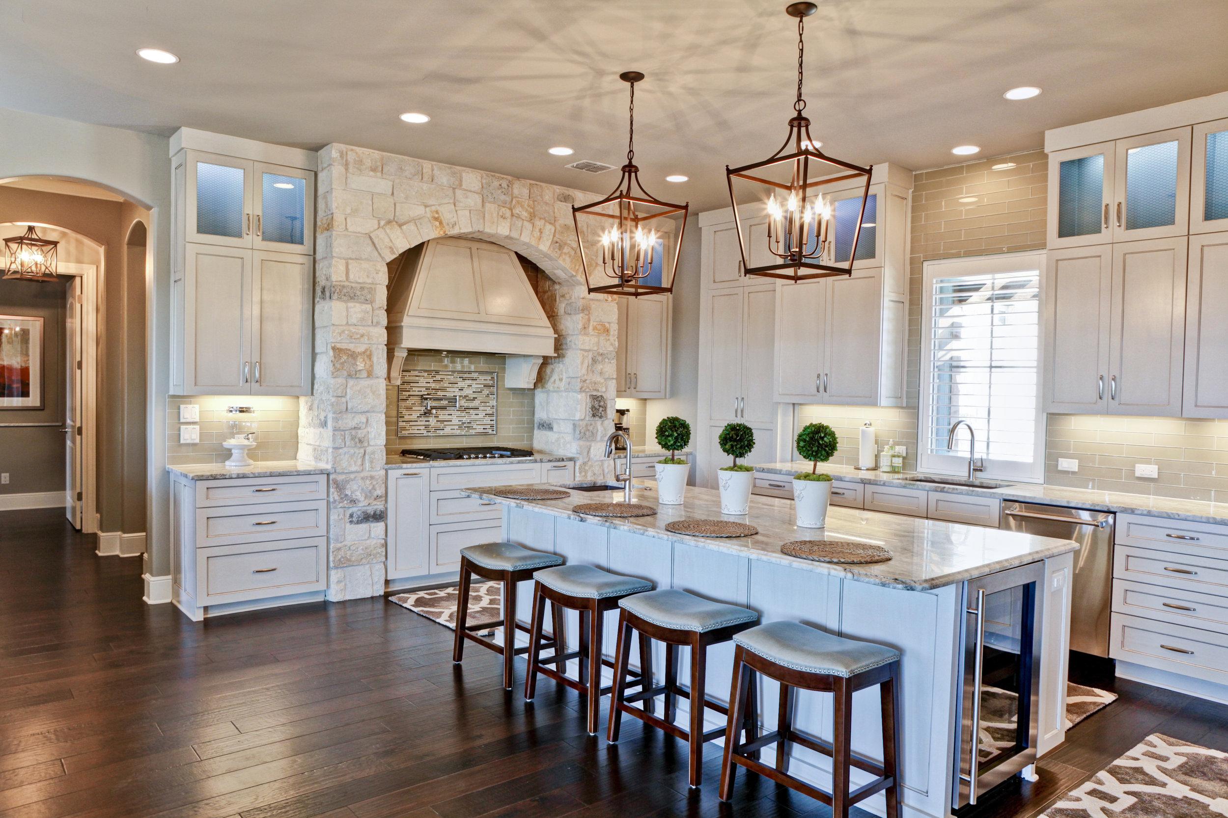 27-kitchen - 2.jpg