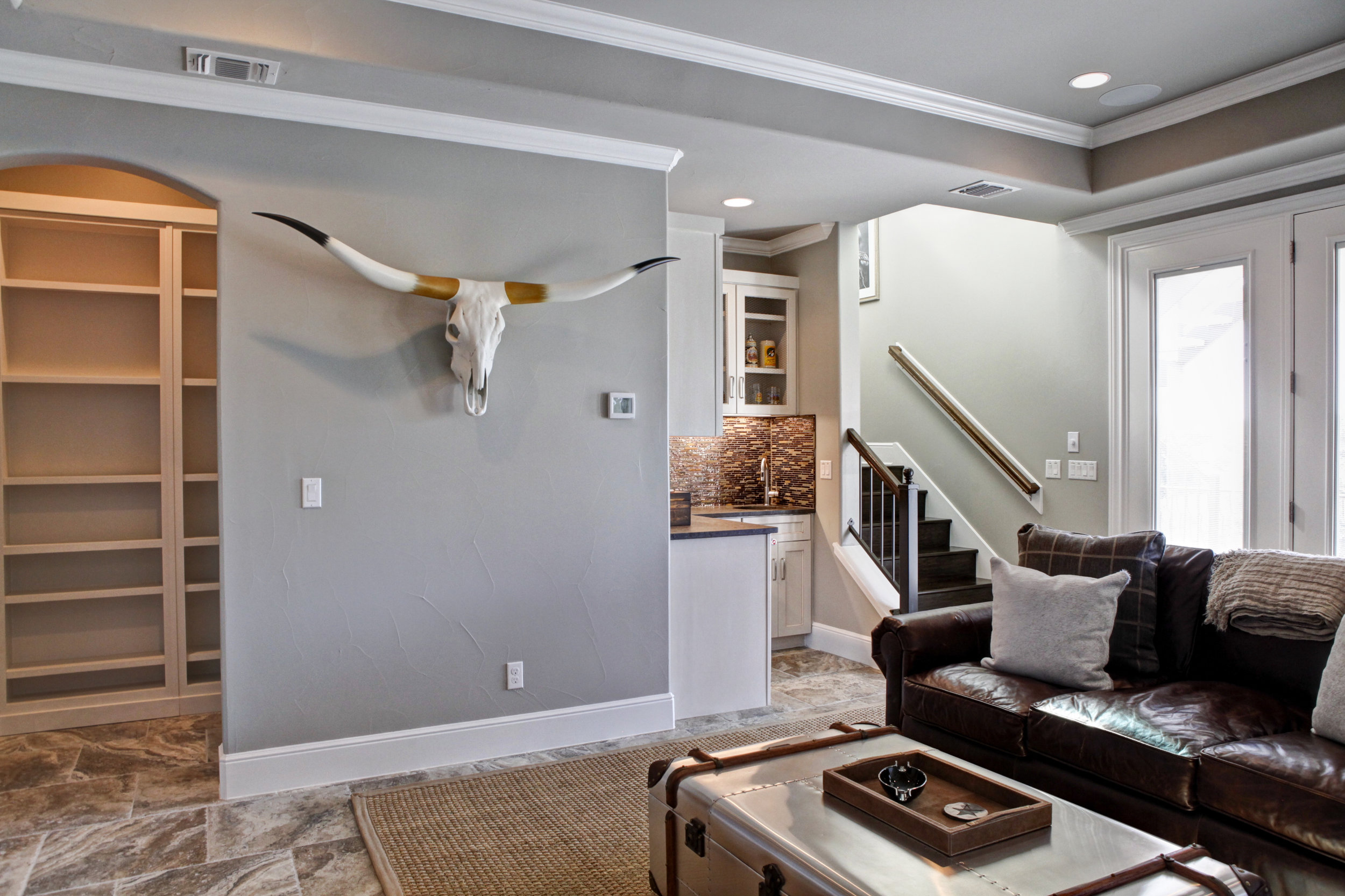 55-living room - down - 2.jpg