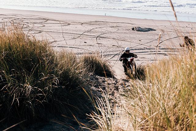 dust_beach2.jpg
