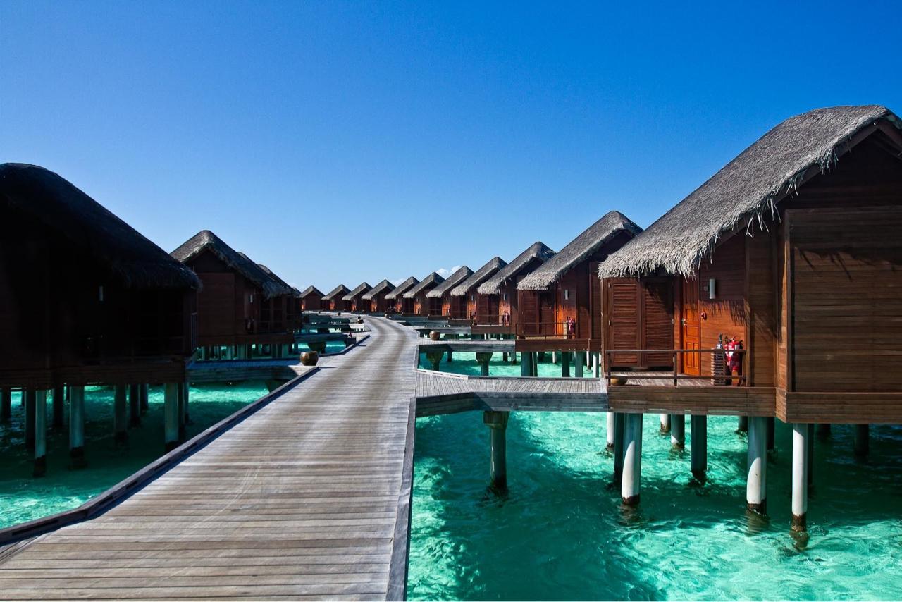 Villas_Maldives.jpg