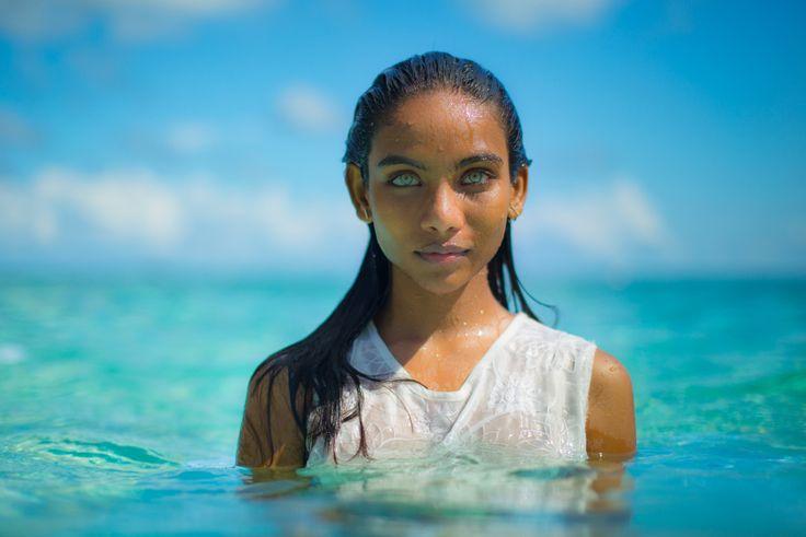 maldivian girl.jpg