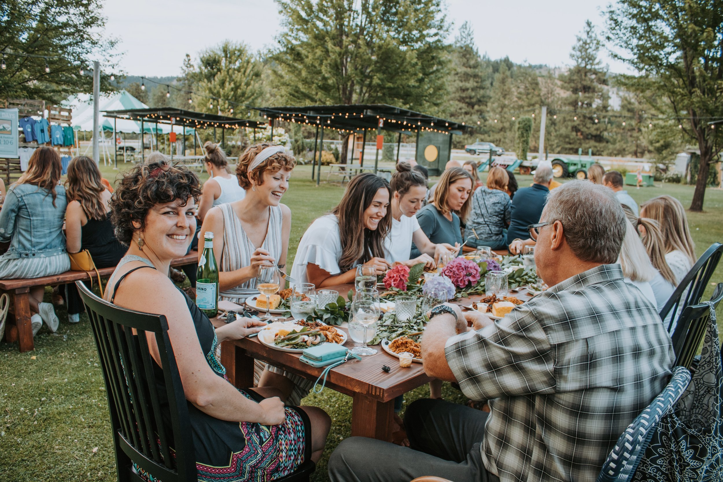 The Summer Nights Dinner sold out for an evening of fun with She Wakes musical duo, food from Sweetwood BBQ and paired with drinks from Bella Terrazza.