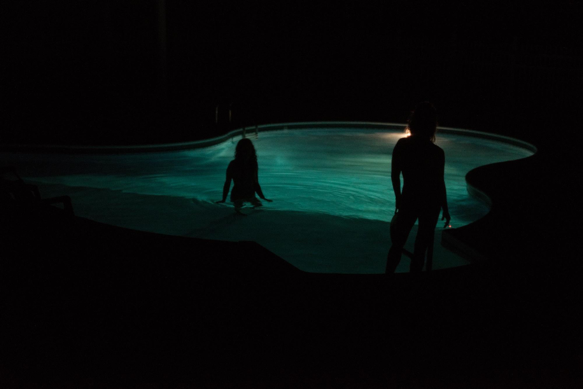 20170619-Ariane-Cassidy-Hannah-swimming-pool-X-Pro2-0003-Edit.jpg