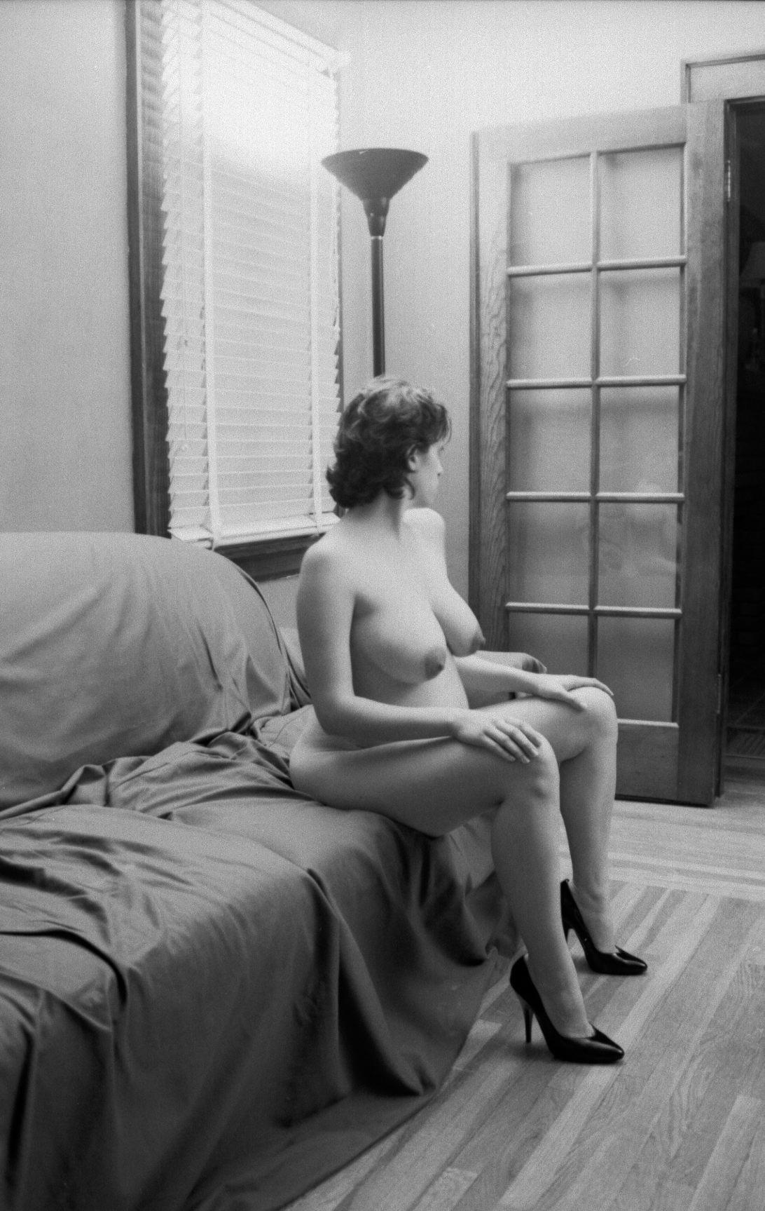 2004-gtrimble-hannah-portrait-pregnant-4.jpg