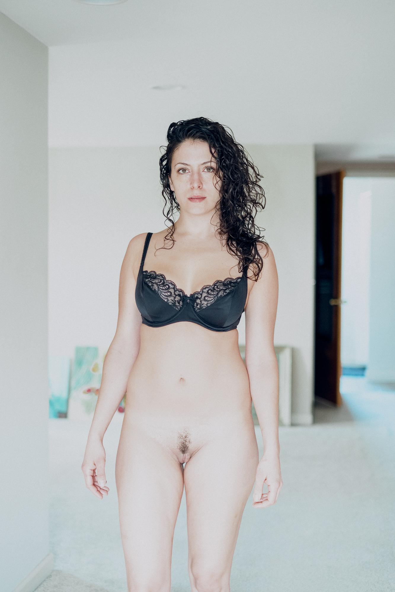 20180207-Hannah-bedroom-black-bra-X-Pro2-0003-Edit.jpg