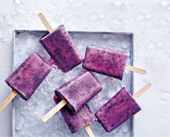 berry-coconut-ice-lollies