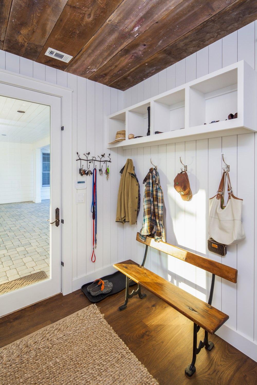 Architecture Home Elegant Farmhouse mud room