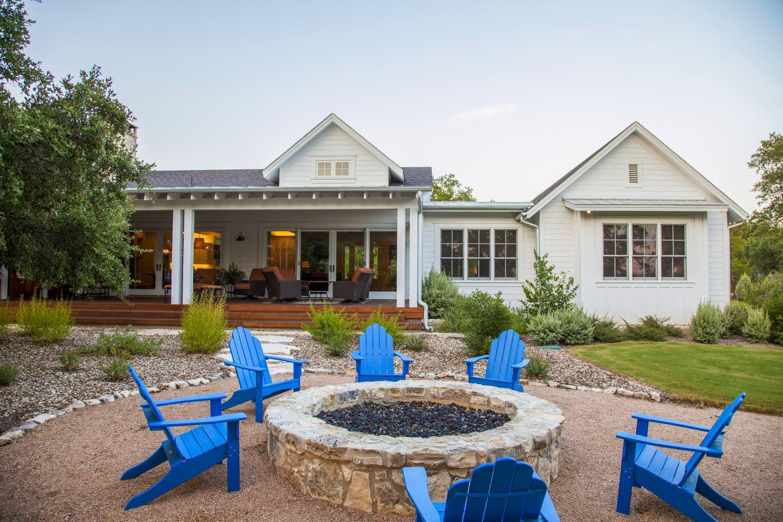 Architecture Home Elegant Farmhouse exterior