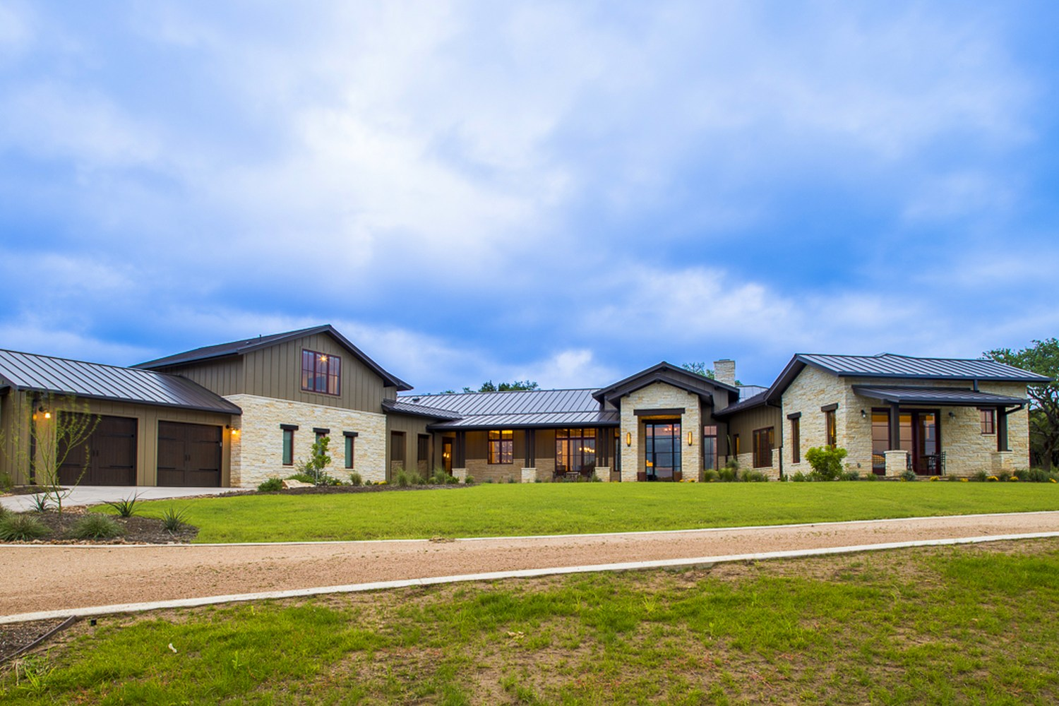 Architecture Home Hill country farmhouse exterior