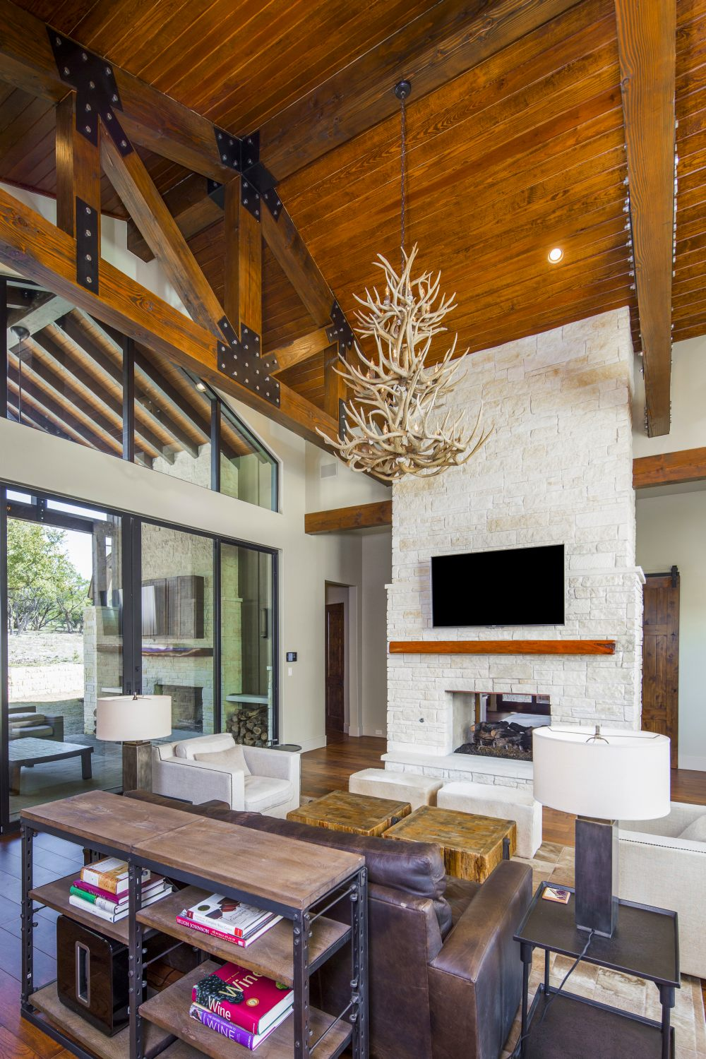 Architecture Home Hill country farmhouse family