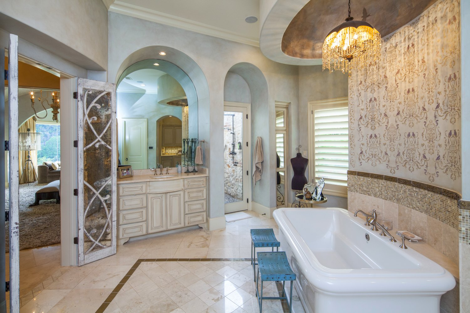 Architecture Home Eclectic old world bathroom
