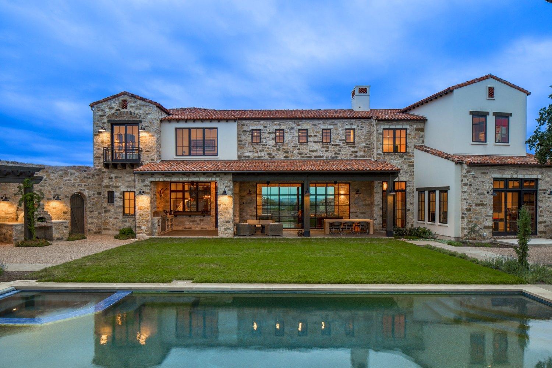 Architecture Home Contemporary italian farmhouse pool