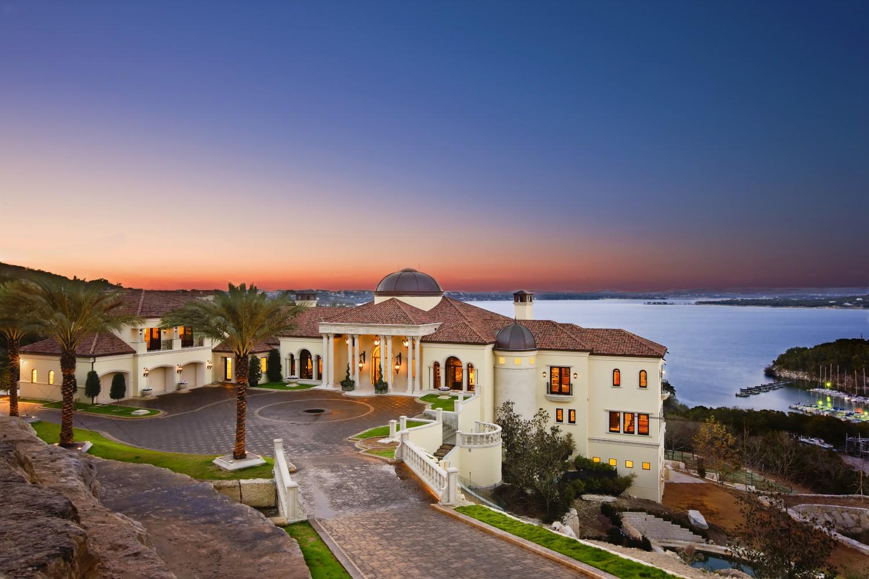 Architecture-Home-Lakeside-Estate-01-exterior.jpg