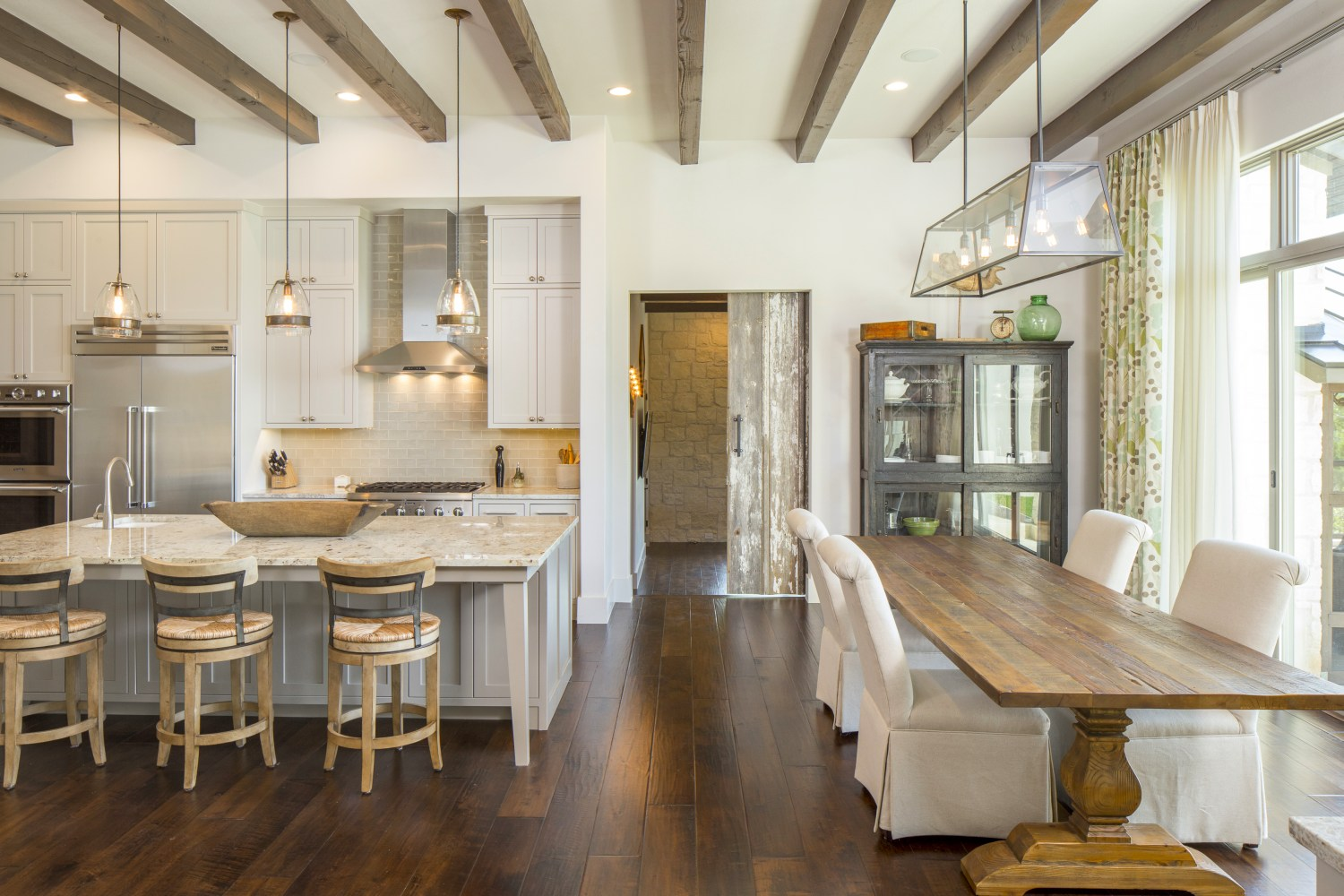 Architecture-Home-Contemporary-European-Farmhouse-27-Dining-Kitchen.jpg