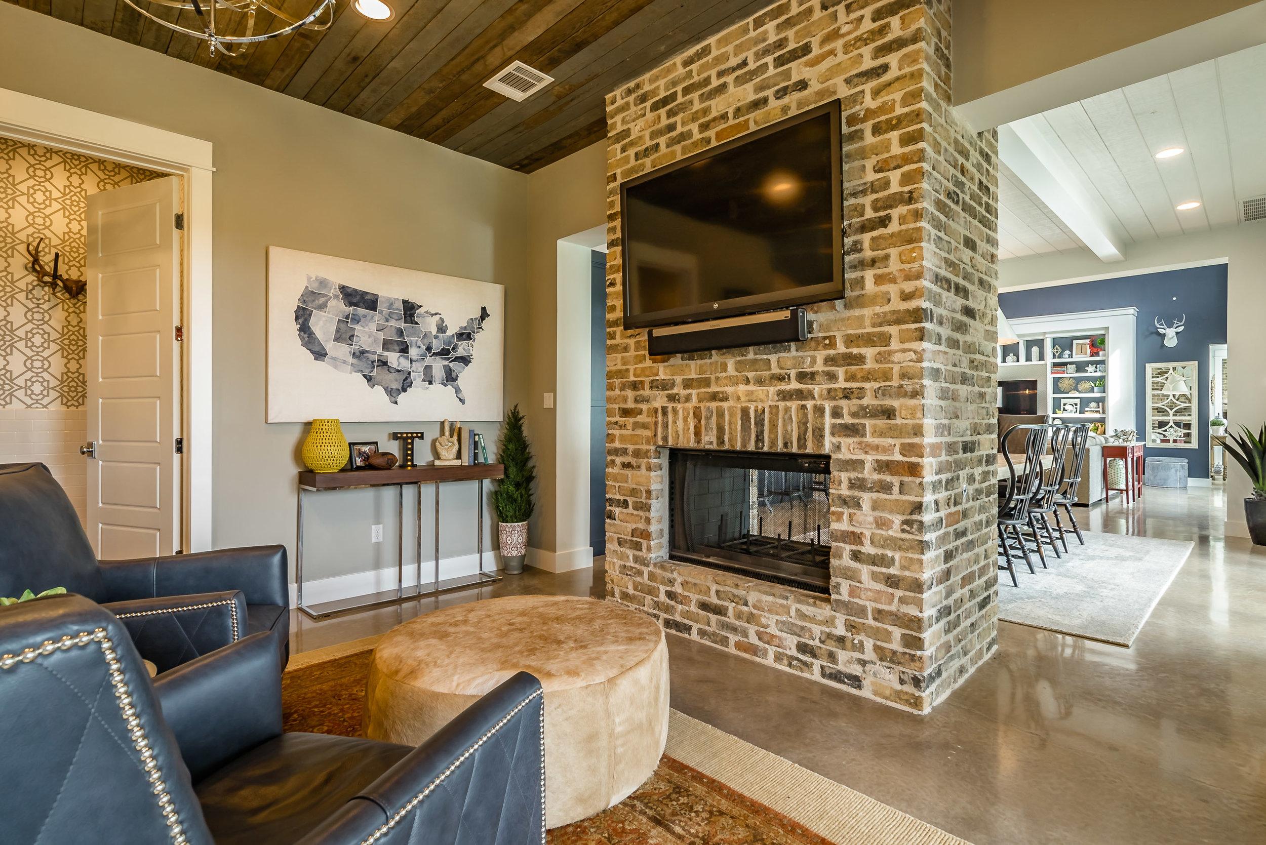 3200 Fall Creek Estates Dr Interiors-29.jpg