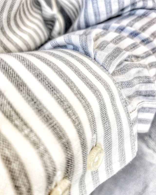 The shirt of shirts for warmer weather. Linen and cotton blend with Mother of Pearl buttons. Shirt fabric from @canclini1925 . . . #gandhum #menswear #shirting #fabric #linen #linenblend #italiancloth #madeinlondon #luxury #style #menstyle #mensfashion #summer #londonstyle #fashion #instagood #therake #esquire #gq #lfwm