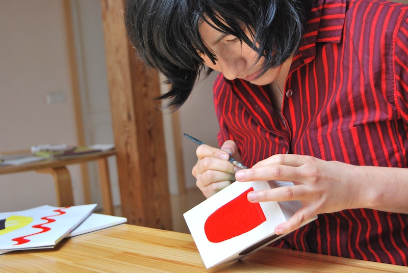 Here I am making abstract building blocks during my residency at MoKS in Mooste, Estonia. 2014.