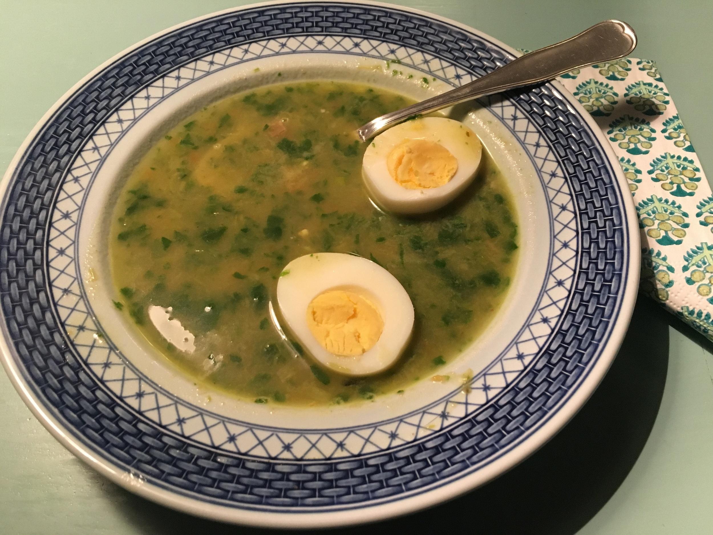Suppe med egg er klassisk mandagsmiddag hos oss. #kjøttfri #restemiddag #matvett