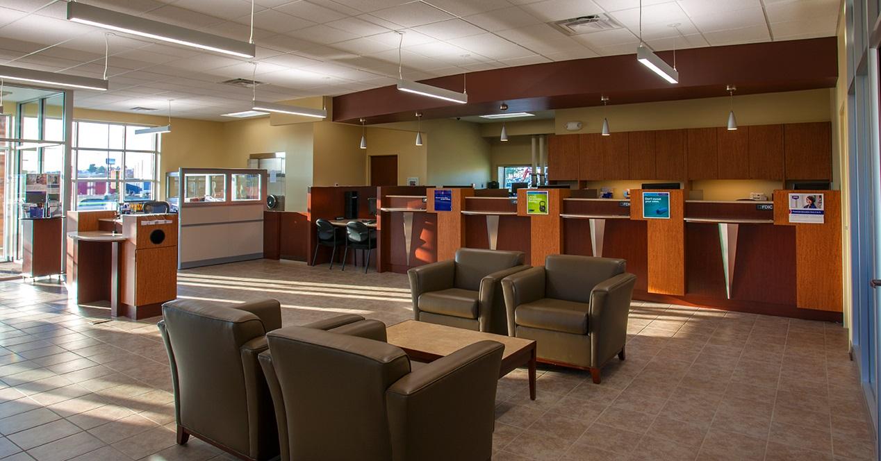 US_Bank_branch_interior.jpg