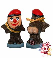 Caganer Figure of Caga Tio.jpg