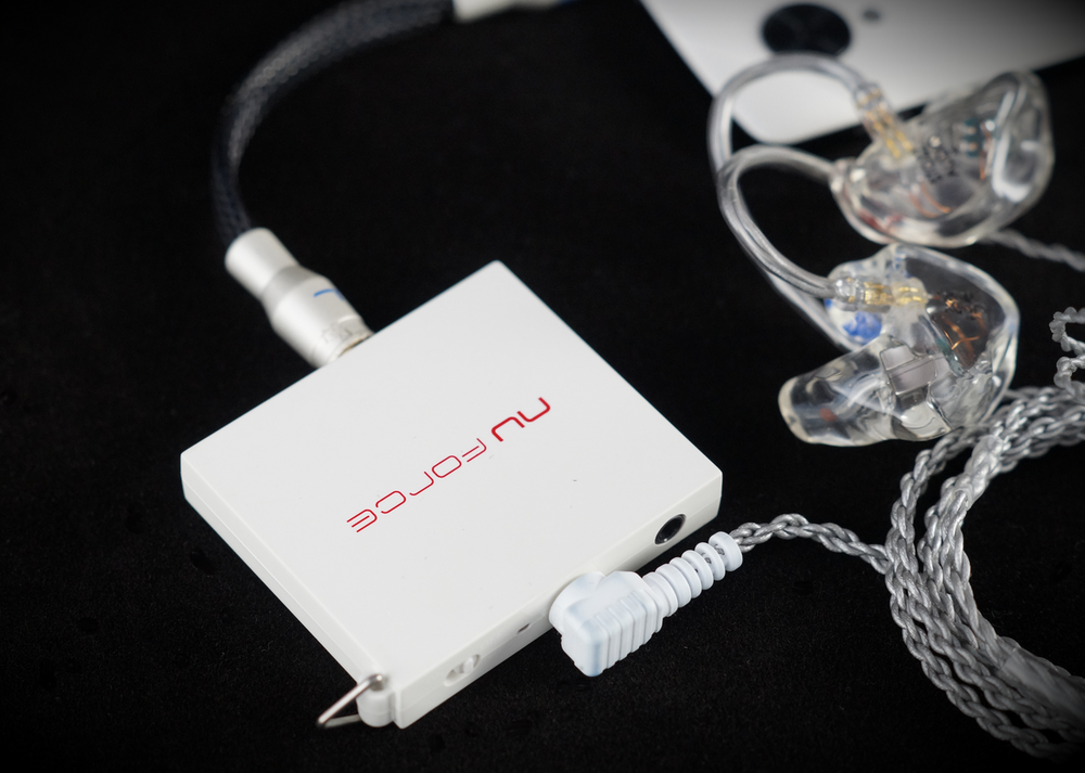 The Nuforce MMP portable amplifier is a a small amp design to be used on the go with your headphones or earphones when attached to your smartphone.
