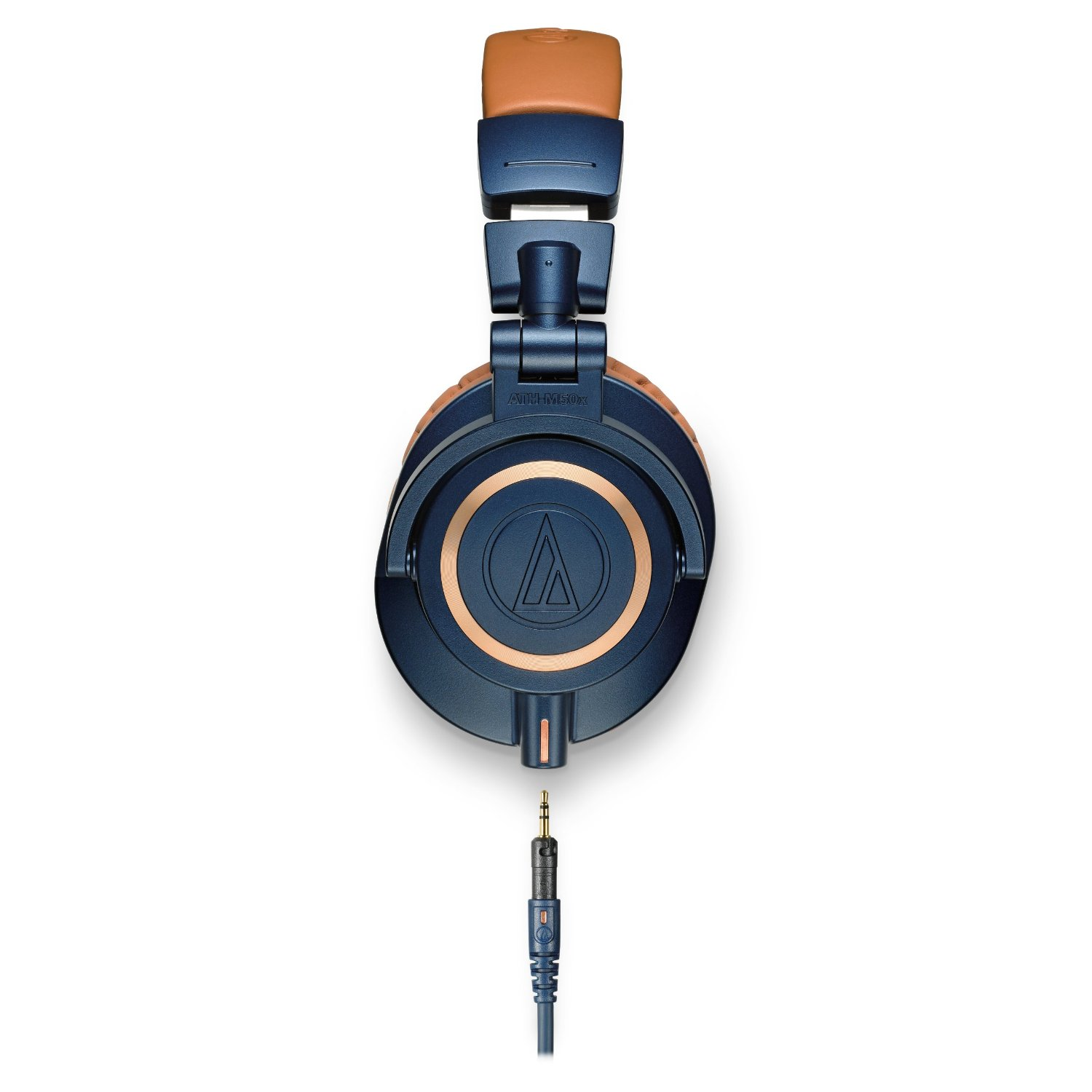 The Audio Technica ATH-M50x feature a detachable cable and closed back driver design.