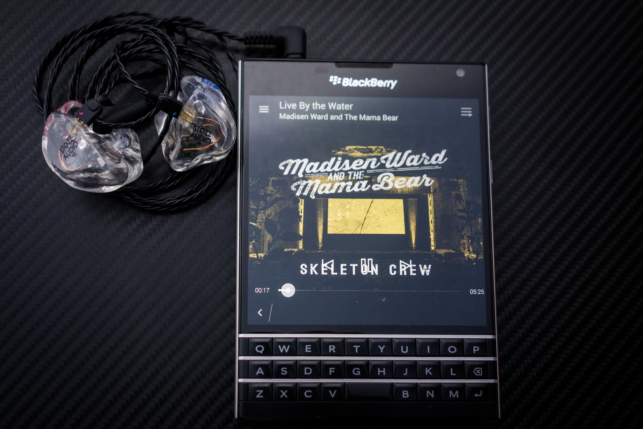 Perfectly balanced - Very nice Performance through the Blackberry Passport &Minerva Customs