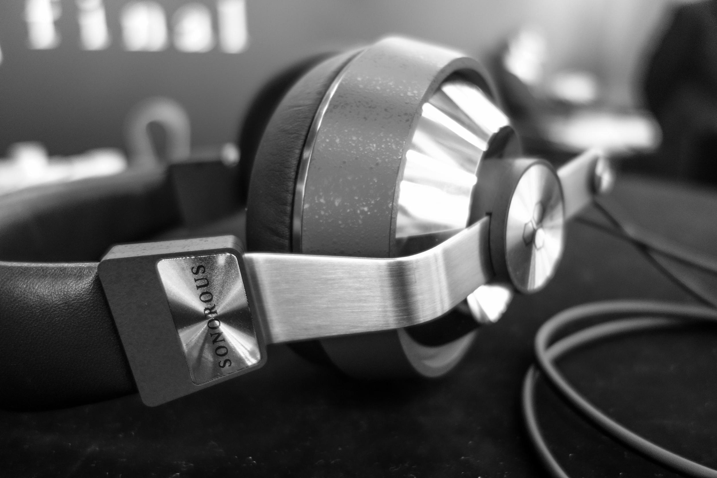 Final Audio Sonorous 8