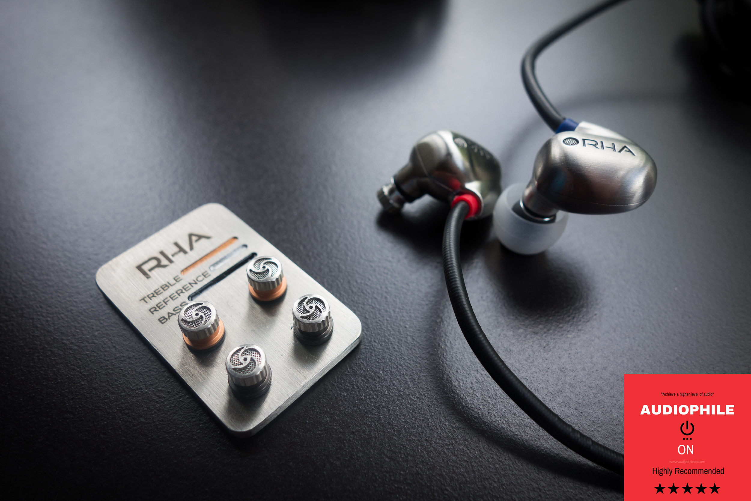The custom filter set lets you tune the RHA t20 to better suit your needs.