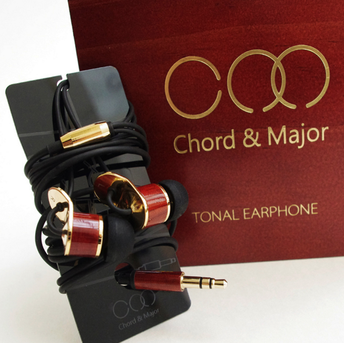 The Chord and Major 9'13 inclusion of a cable wrap is nice but we felt the earphones were let down by the poor eartips in our review.