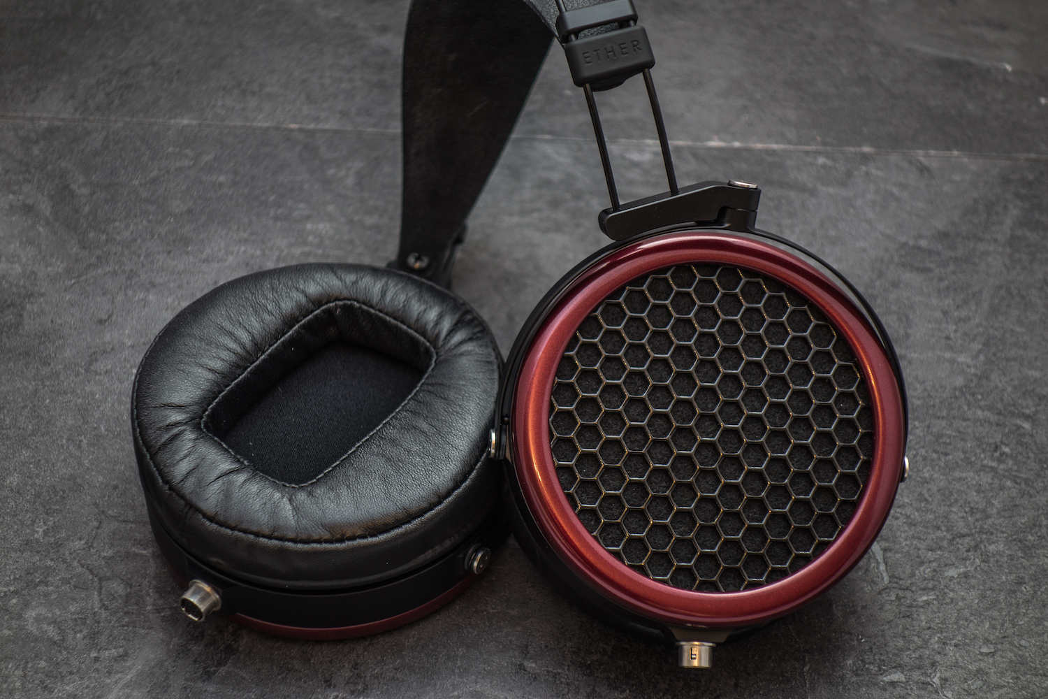Detachable cables and ear pads on the Mr Speaker Ether headphone