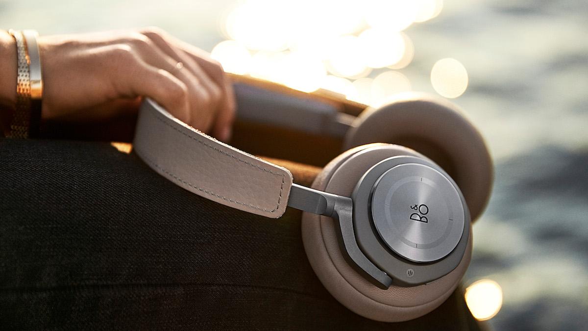Bang & Olufsen B&O Beoplay H9 Headphones.