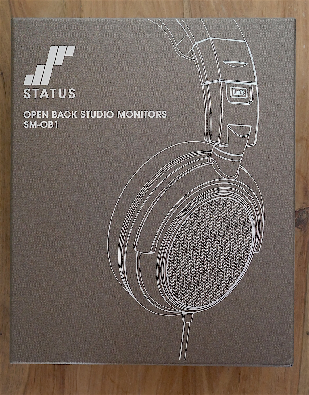 Status Audio OB-1 headphone box.