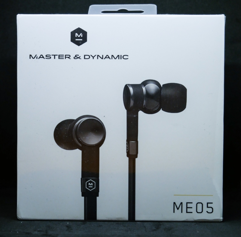 The box for the Master& Dynamic ME05.