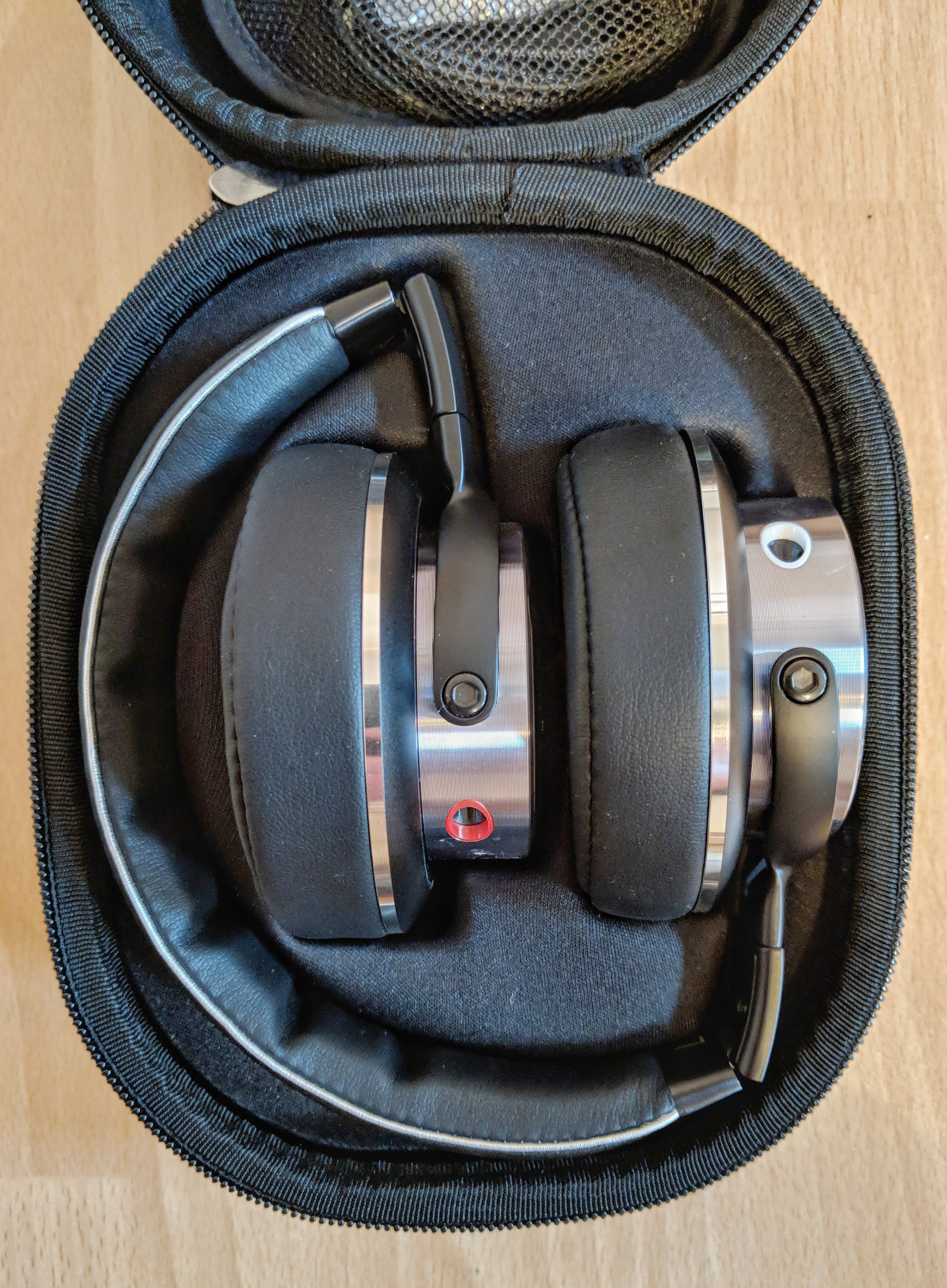 1more triple driver over ear headphones  case