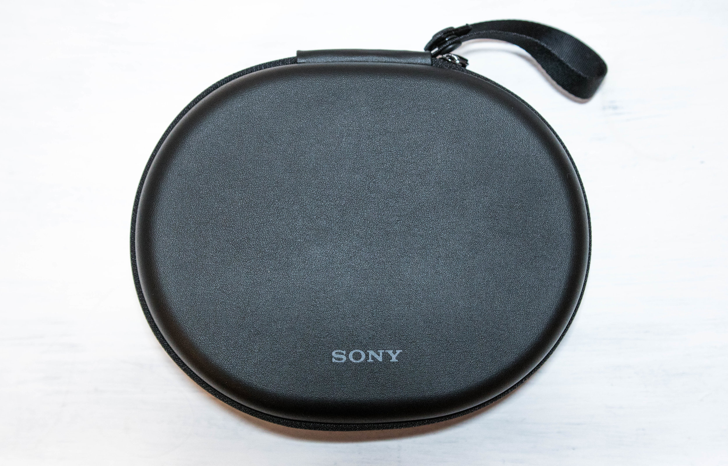The included headphone carry case for the Sony WH-1000XM2.