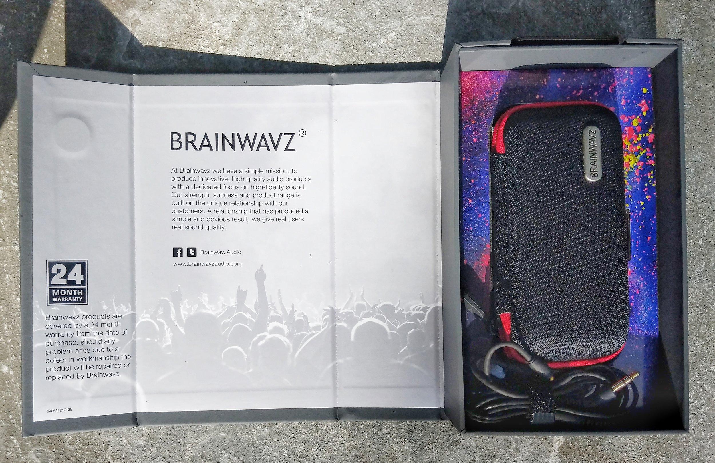 Brainwaves B200 case inside packaging
