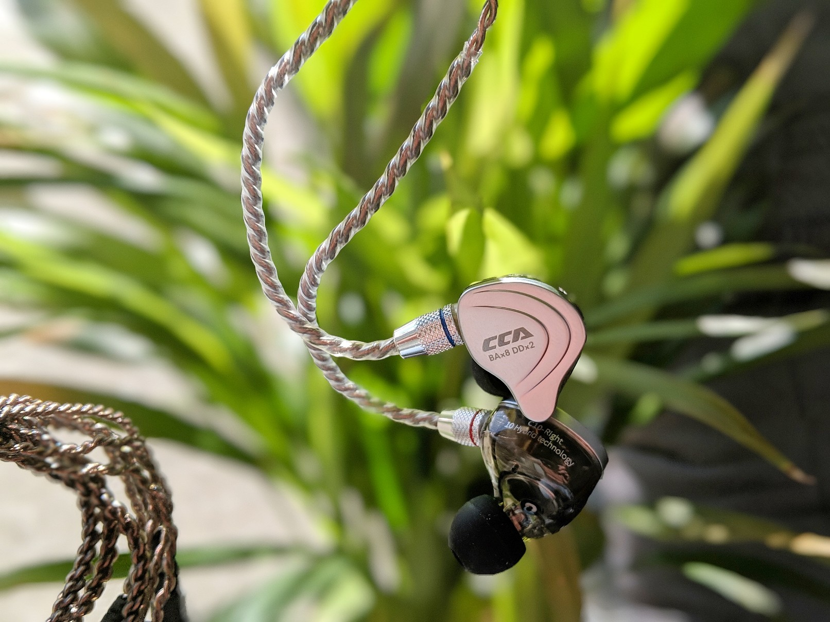 CCA C10 Hybrid earphone review.