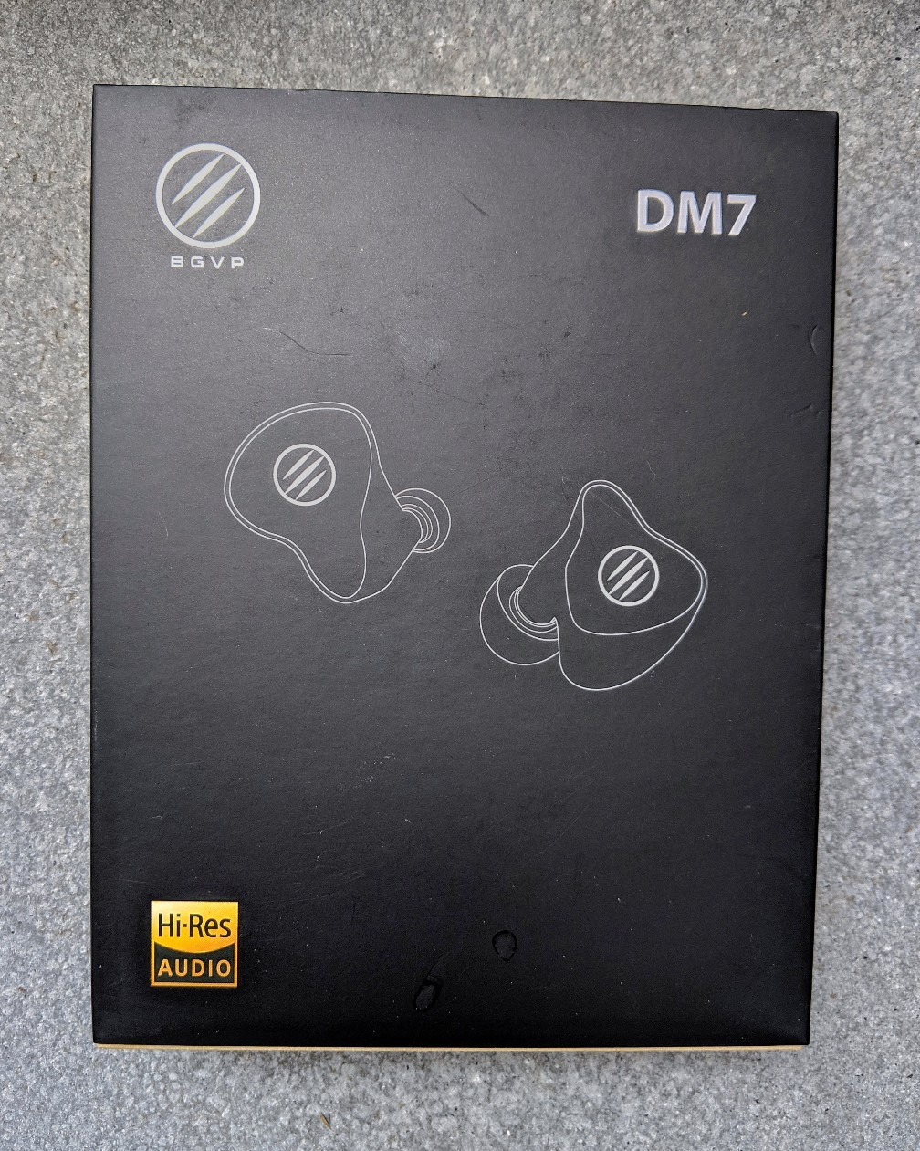BOX FOR THE DMS EARPHONES