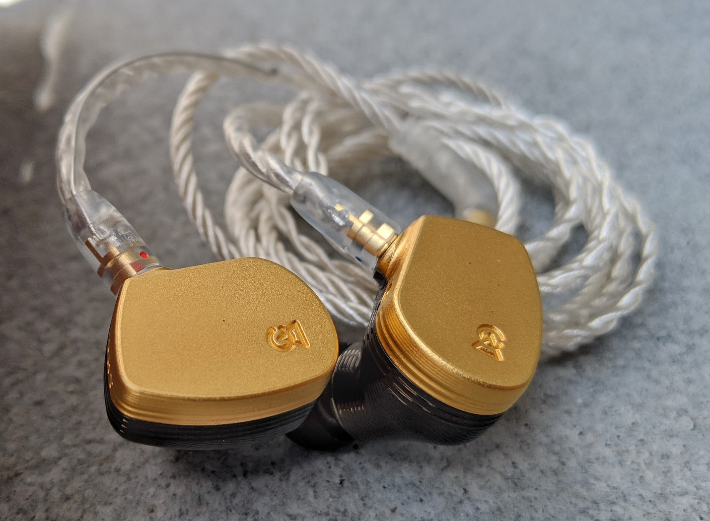 Campfire Audio Solaris Earphones tested and reviewed with comparisons to Shure SE846, Andromeda and Westone W80