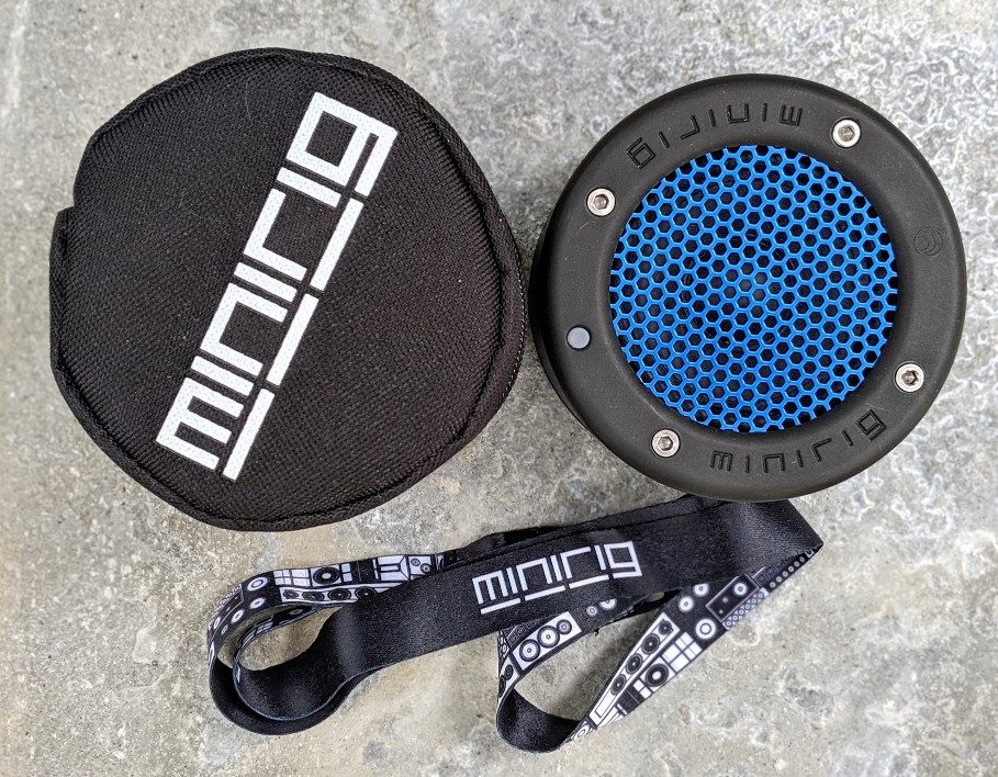 Minirig 3 Bluetooth speaker with carry case and lanyard.