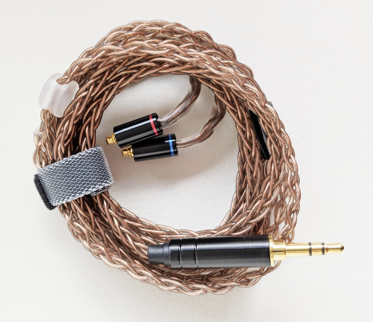 Earphone cable with 3.5mm jack and mmcx connectors.