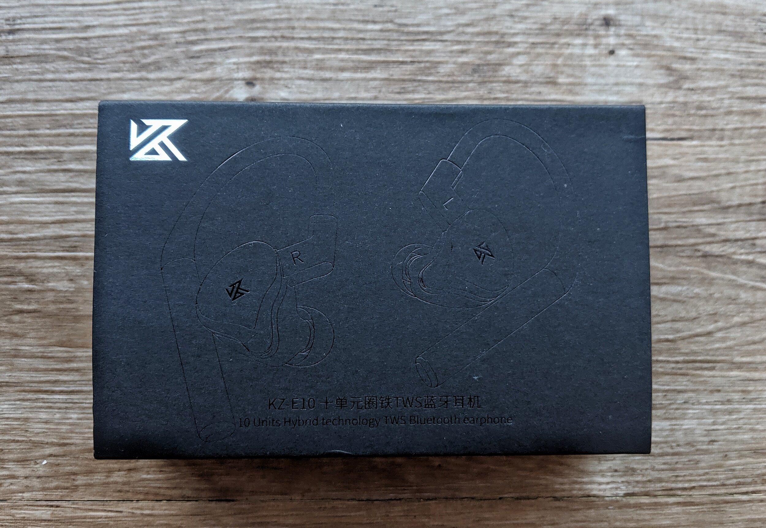 kz tws e10 earphones