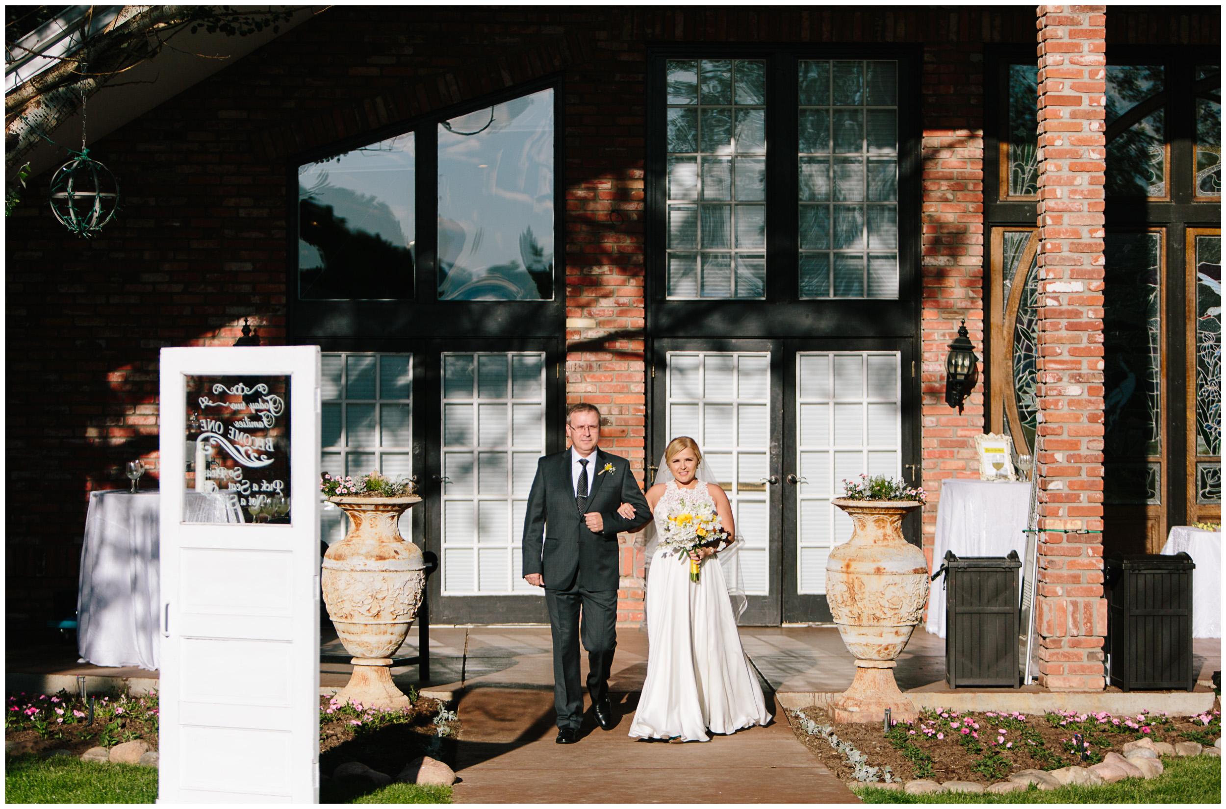 Lafayette_Colorado_Wedding_23.jpg