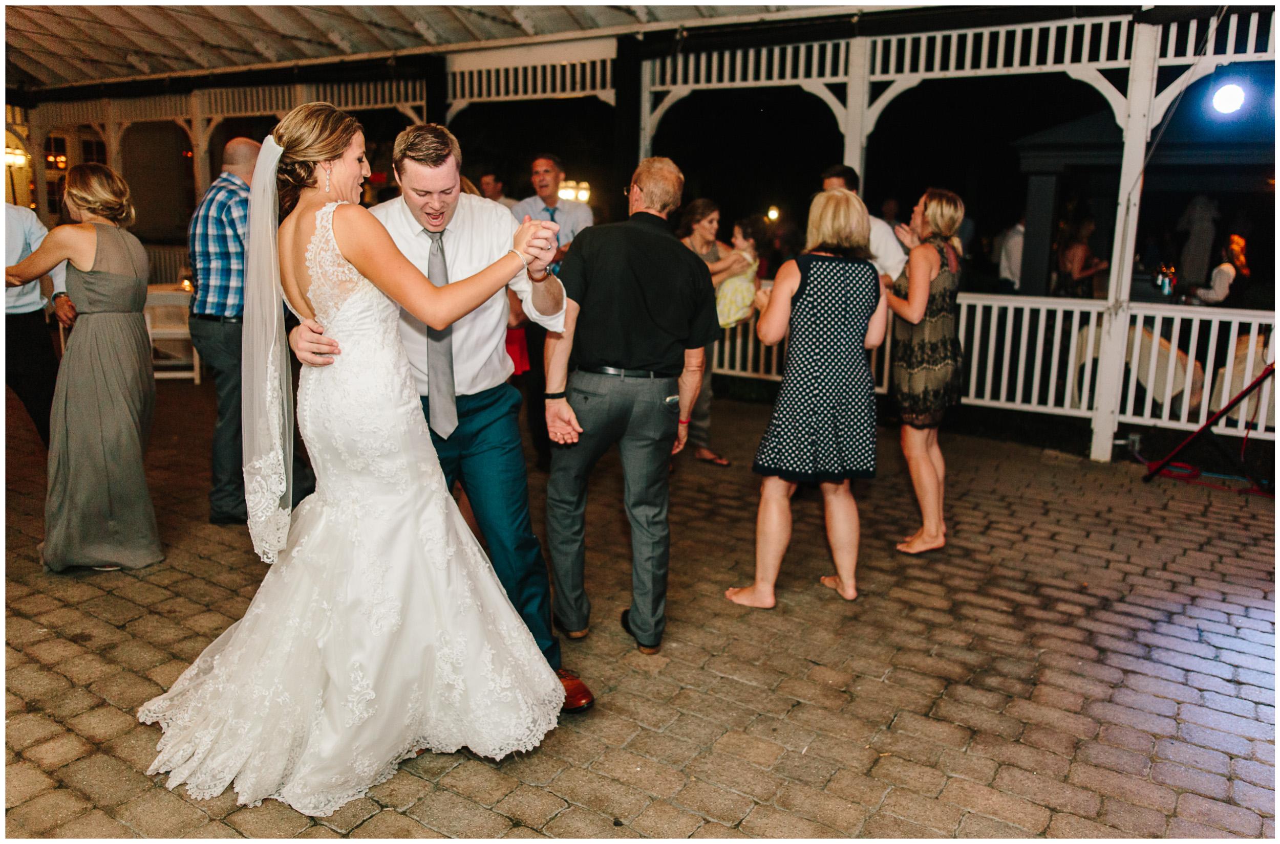 ann_arbor_michigan_wedding_104.jpg